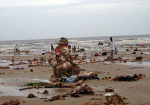 Eco-Ganapati - pollution on beach